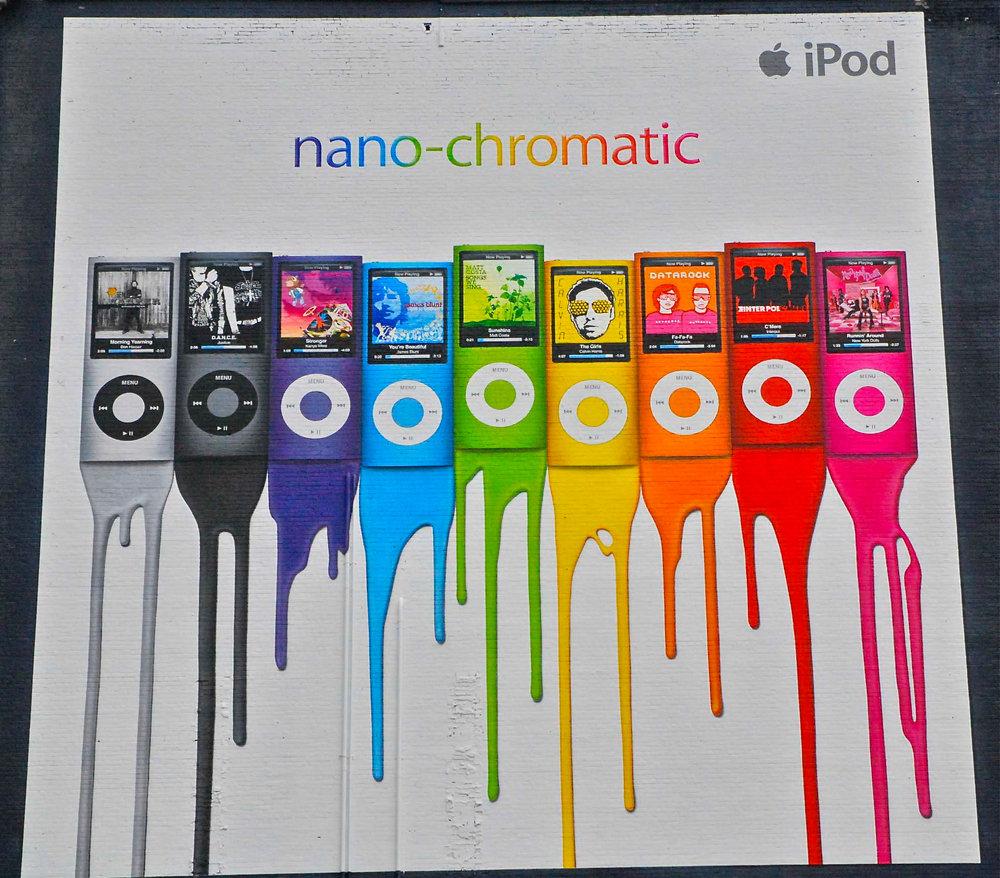 Apple nano-chromatic mural