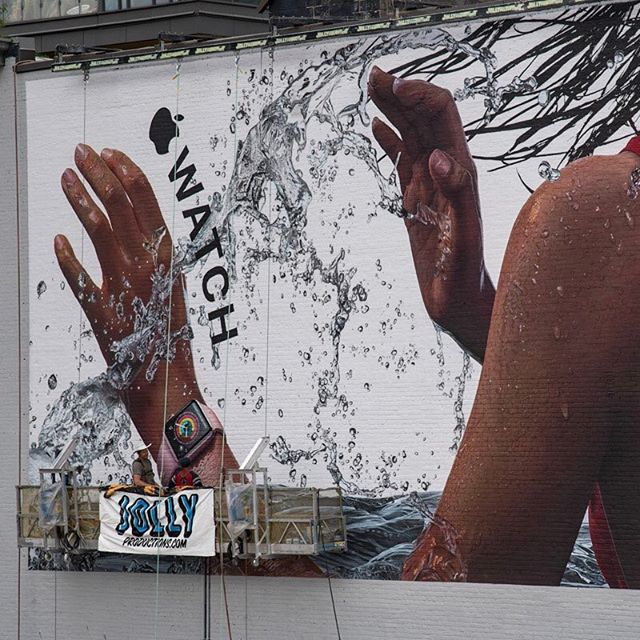 Finished Apple watch mural. Toronto/ King and Spadina. #yyz #upholdingthecraft #alwayshandpaint #applewatch #mural #photorealism