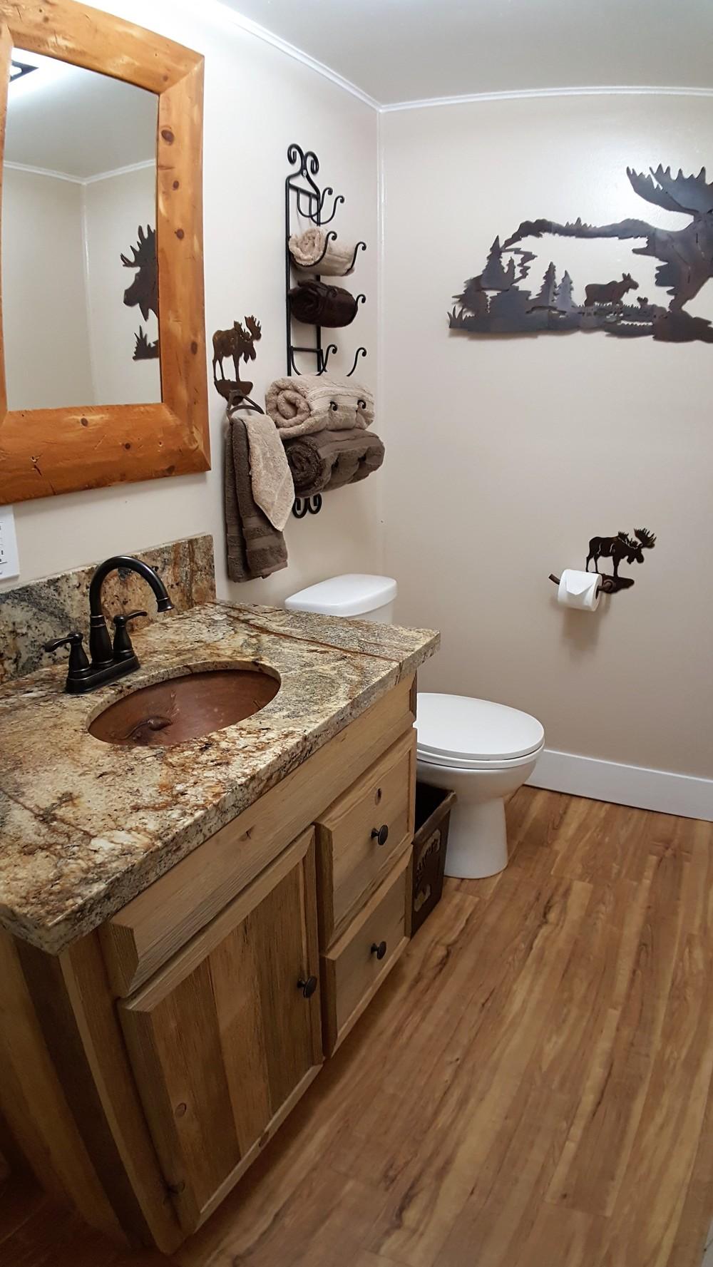 bathroom 16-2.jpg