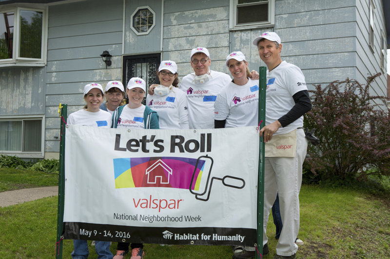 Franke+Fiorella team volunteering with Valspar Let's Roll - a Habitat for Humanity project