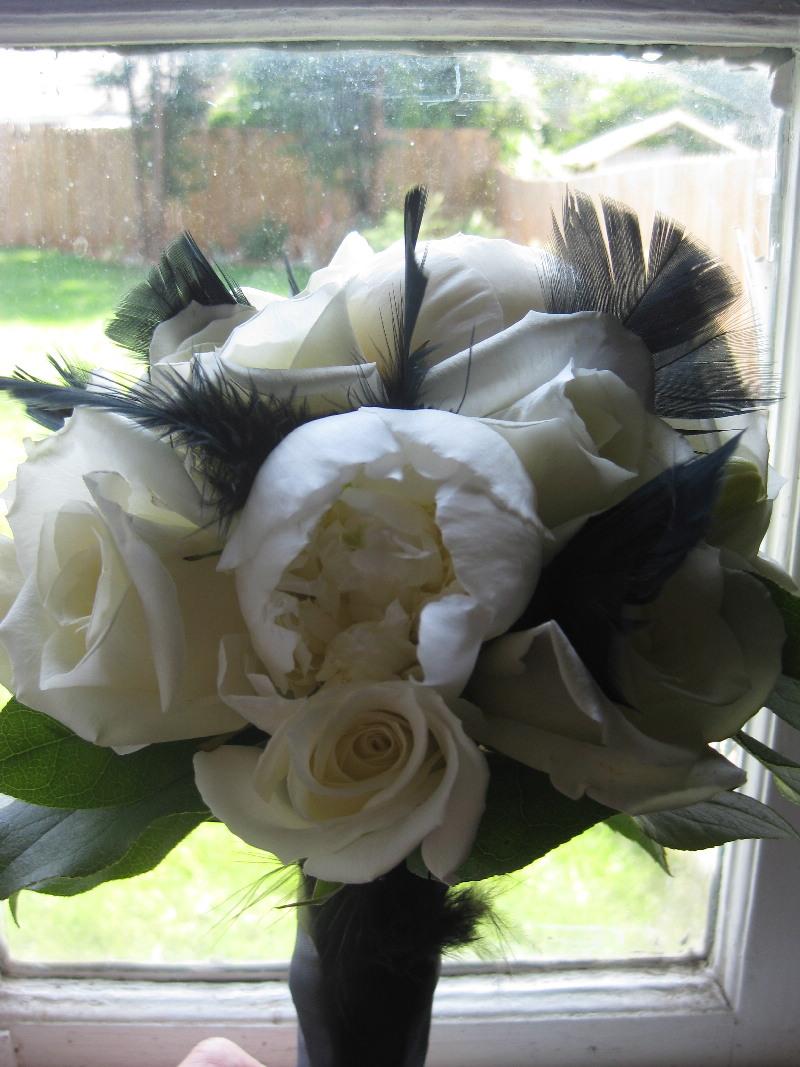 black-feather-bouquet.jpg