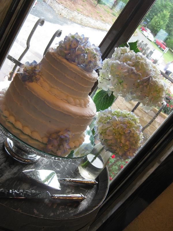 wedding-cake-lr.jpg