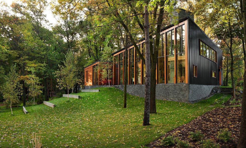 Farquar Lake Residence