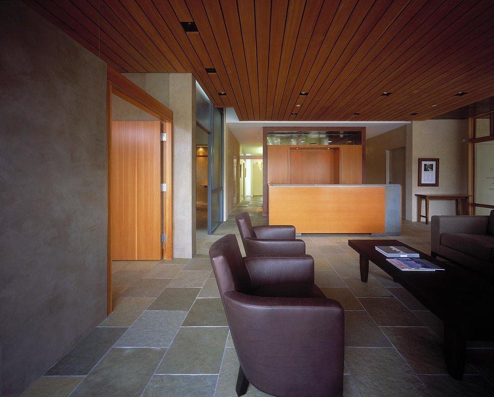 ALTUS Streeter Office 06