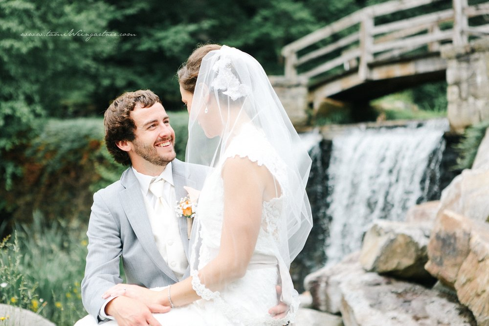 Waterfall feature for bride and groom at seven springs mountain resort