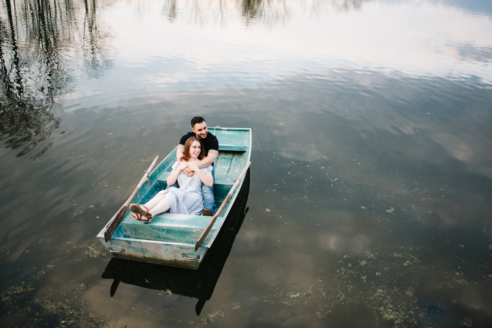 Engaged_Couple_Row_Boat