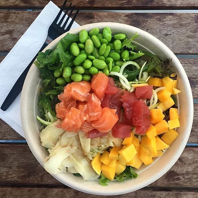 Making  #FreshFishTuesday a thing, one poke bowl at a time. Photo Credit @nicobenny6 #flowmotionbaby #mainlandpoke