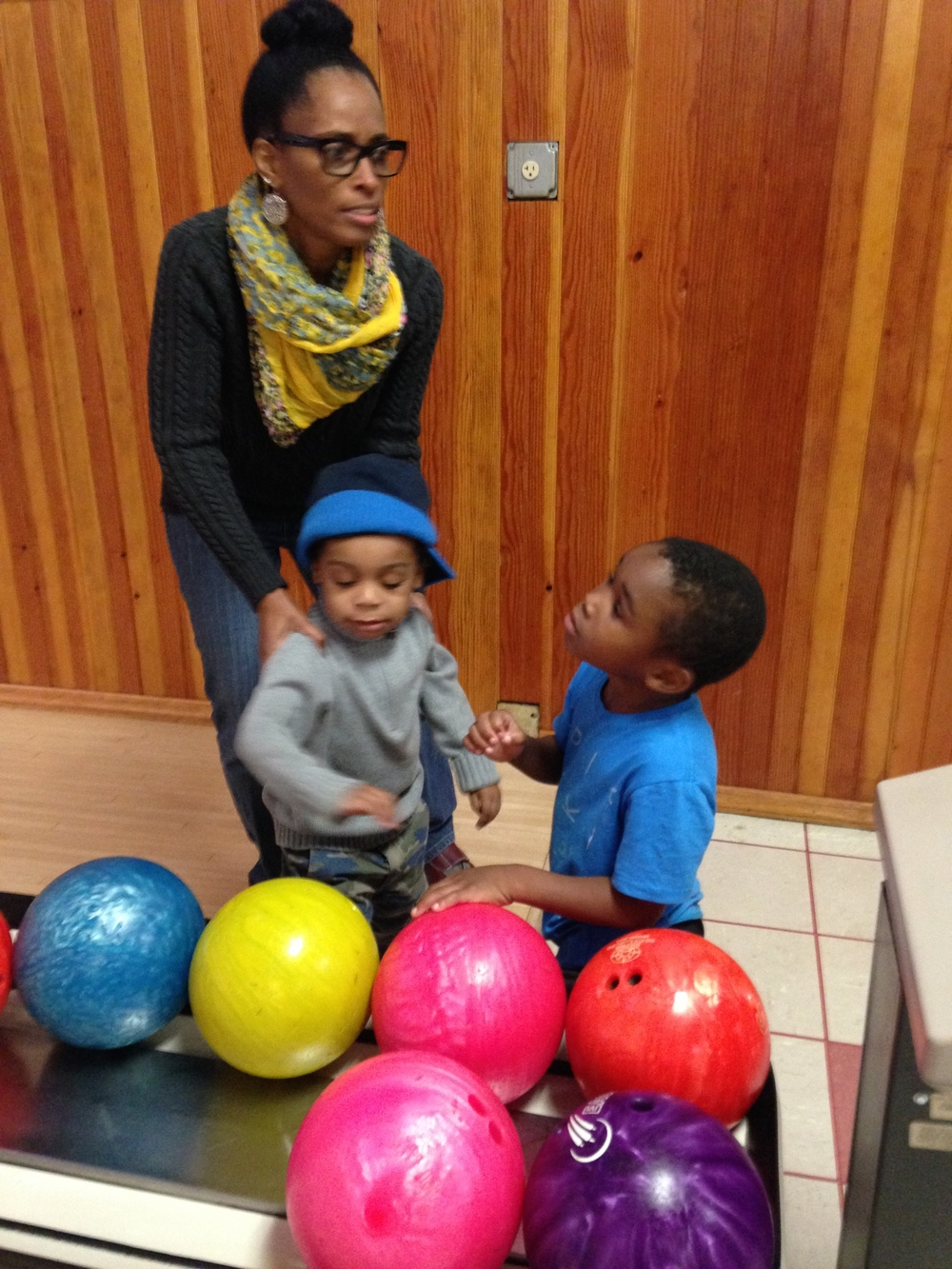 Parent Cafe Bowling 12.jpg