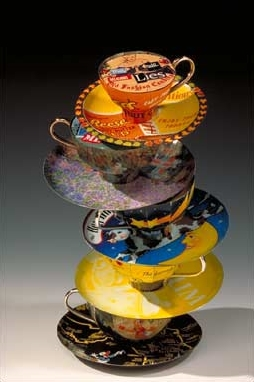 teacups-lies