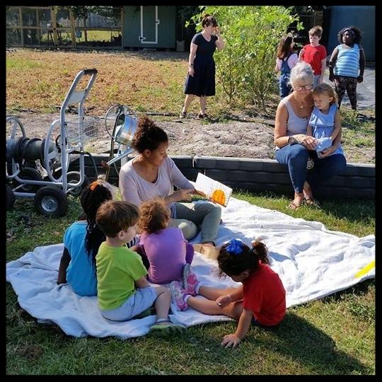 Elan internships in action-childrens ministry