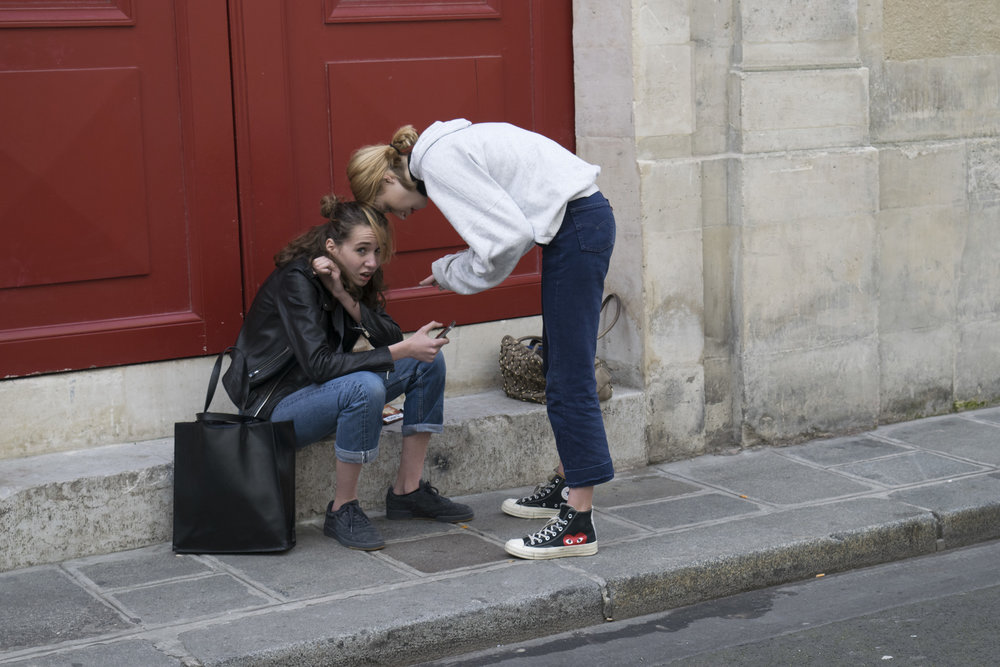 Gossip Girls - Victoria Glynn