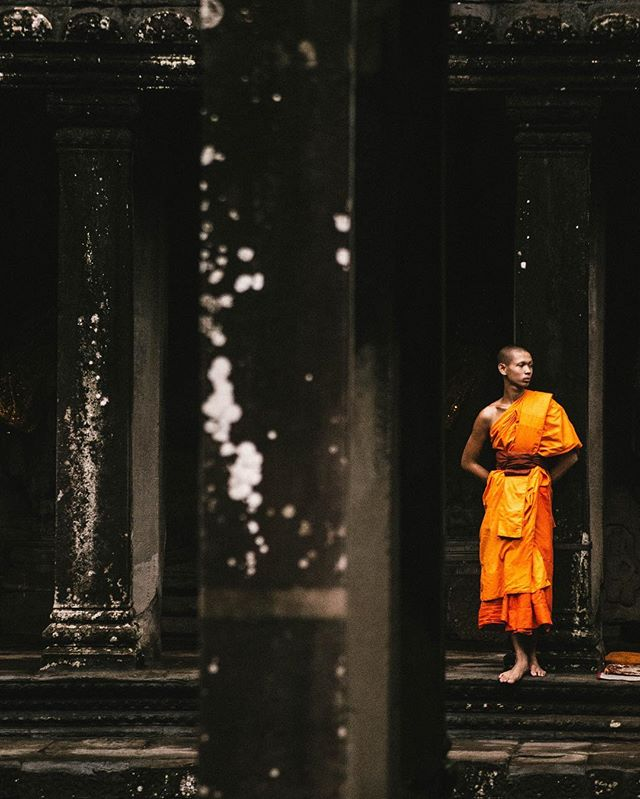Find serenity and meditation in Cambodia #AngkorWat #KrongSiemReap #Cambodia ____________________________________________________ . . . . . #travel #igtravel #explore #adventure #photooftheday #wildlife #neverstopexploring #deals #hoteldeals #serenity #meditation #relaxiation #vacation