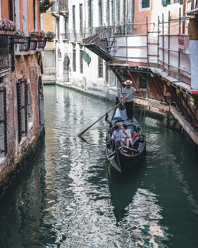 Romance in a gondola never gets old. #Venice #Italy #VeniceItaly #Gondola #boat #romance ____________________________________________________ . . . . . #travel #igtravel #explore #adventure #photooftheday #neverstopexploring #deals #hoteldeals