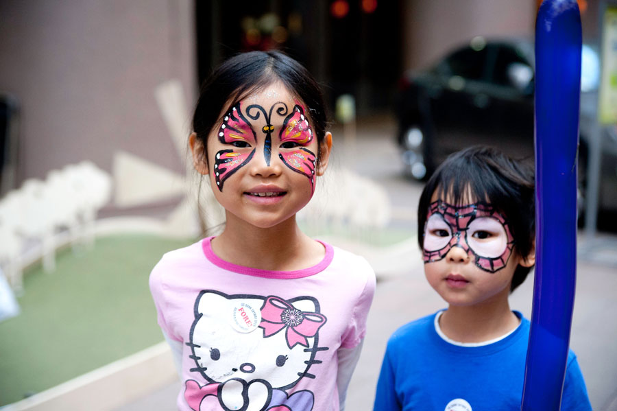 skyway_open_2014_family_day_face_painting.jpg