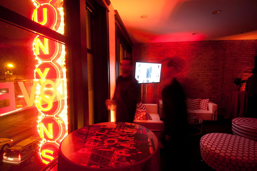 lola_red_peace_love_party_interior.jpg