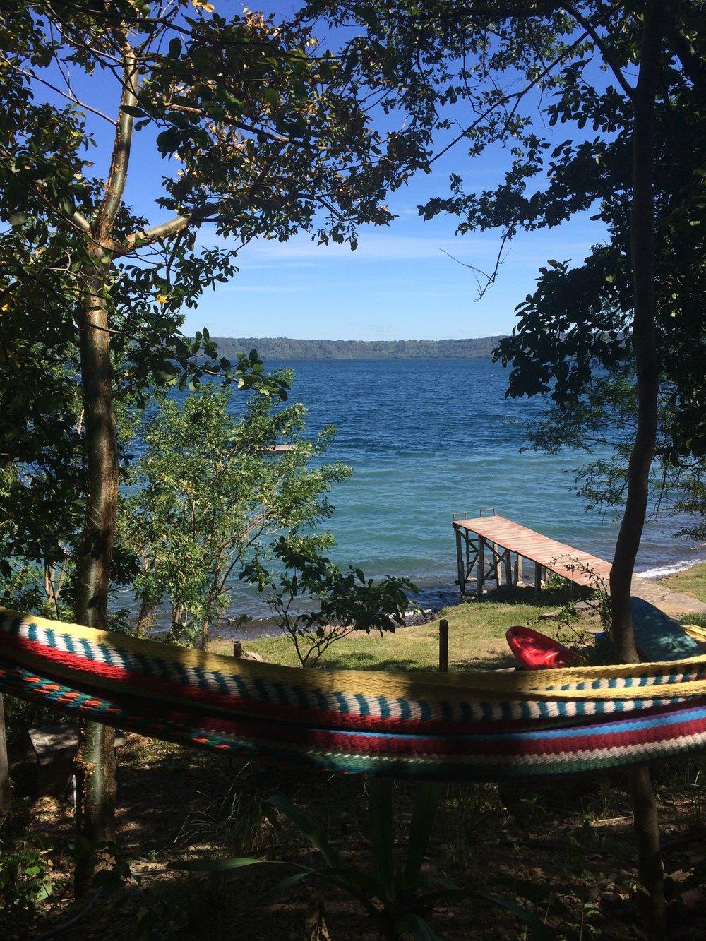 San Simian, Laguna de Apoyo