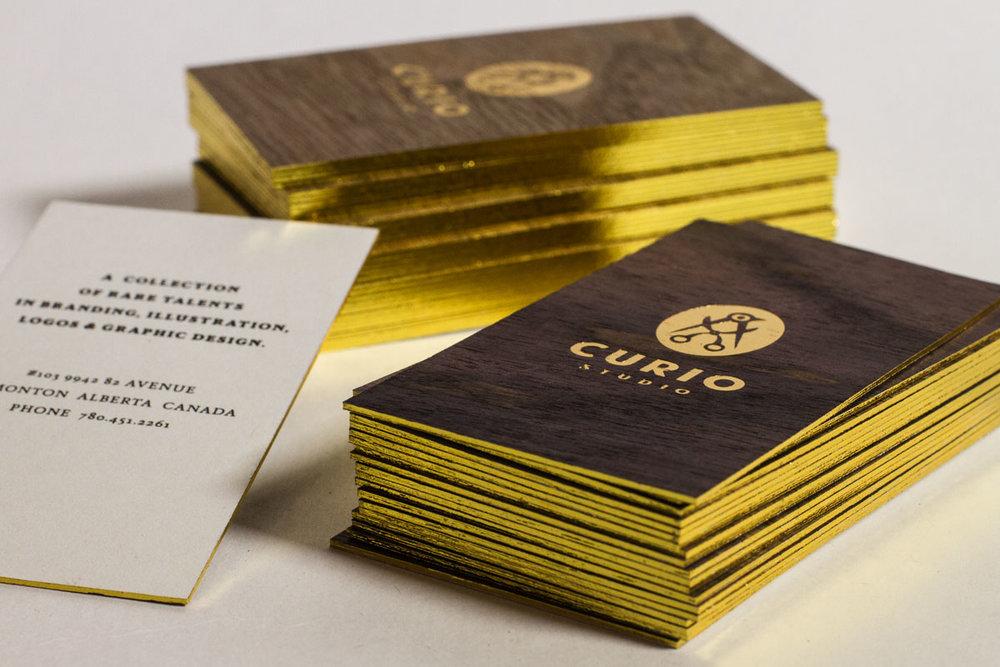 dark-walnut-wooden-cards-jukebox.jpg
