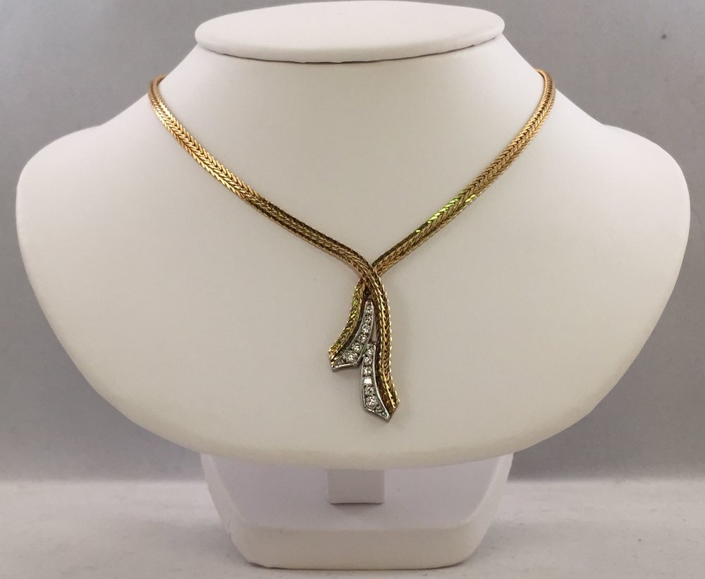 necklace_20143152.jpg
