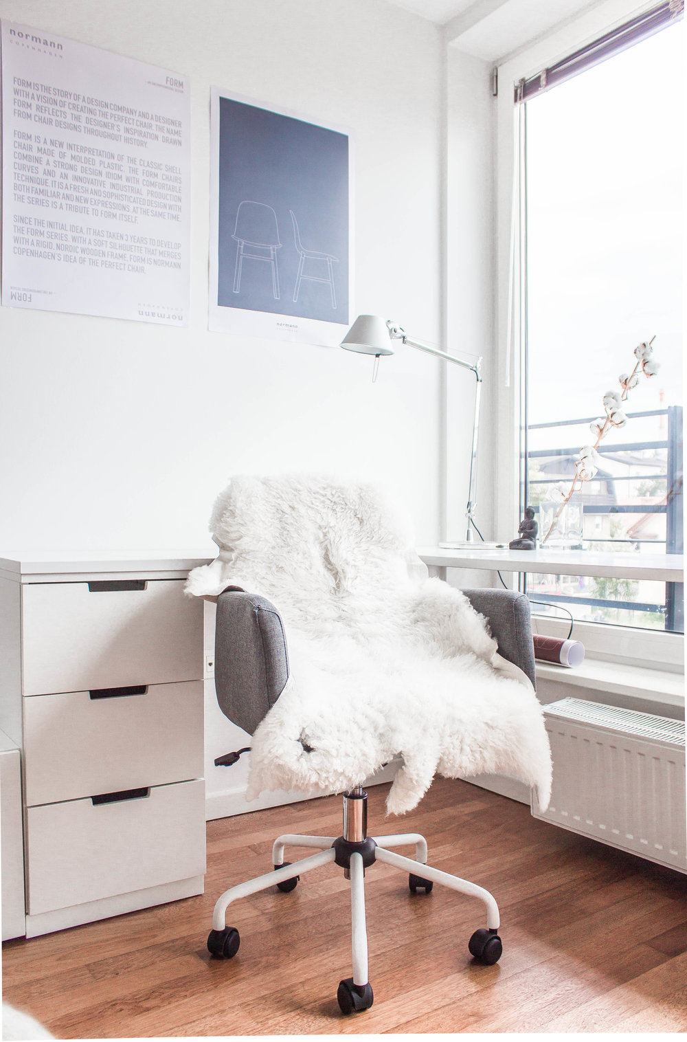 scandinavian style working space