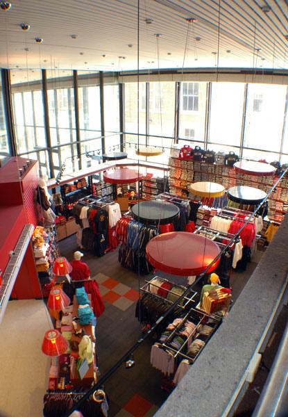 uofg-bookstore-0061.jpg