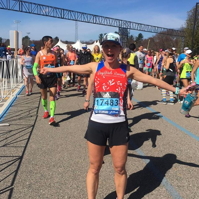 Kudos to @bananapants8 who ran her first Boston Marathon a week ago.  A tricky course with unpredictable weather, Boston is still an event that is every runner's dream to participate in. Congrats Anna and to all our other Ekiden athletes who braved the warm temperatures and the Newton Hills last Monday. 🏅 . . . #bostonmarathon2017 #ekidencoaching #ekidenathlete #instarunners #bostonmarathon #heartbreakhill #medalmonday