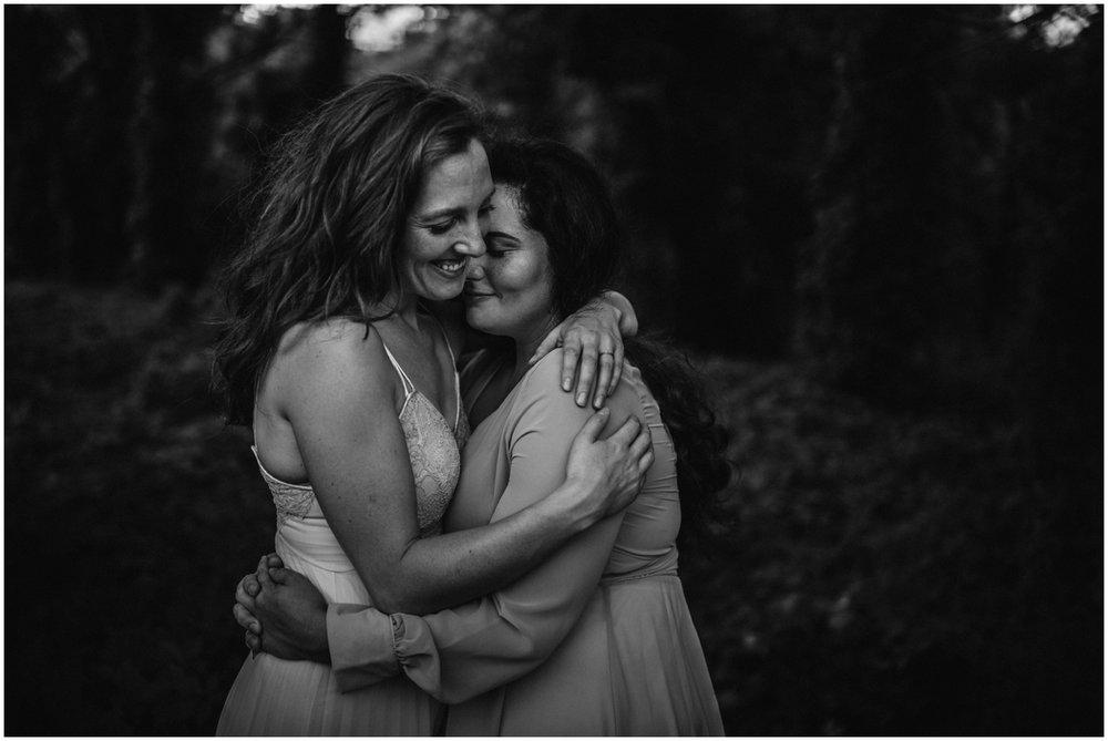 wisconsin-same-sex-wedding-photography_0111.jpg
