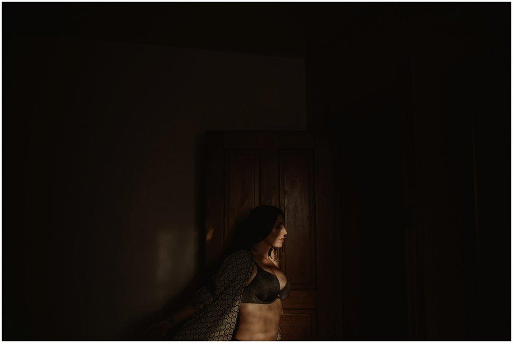 Milwaukee Boudoir Photographer | Inspired by light.