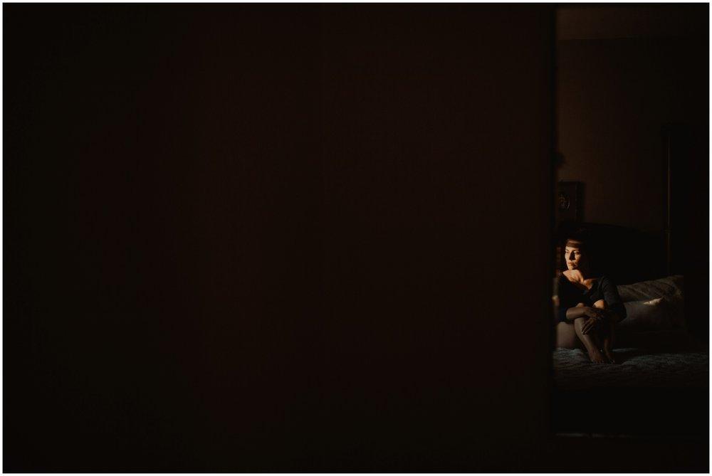 Milwaukee Boudoir Photographer | Reflection in mirror.