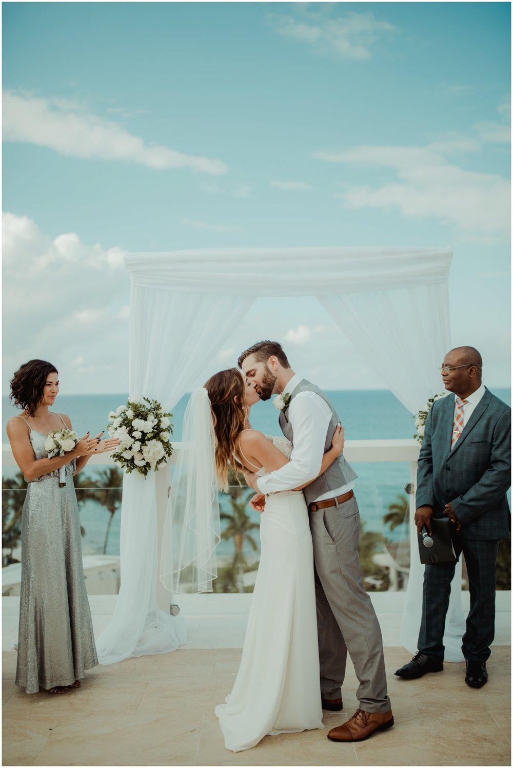 milwaukee-wedding-photographer-hyatt-ziva-rose-hall-montego-bay-wedding_0071.jpg