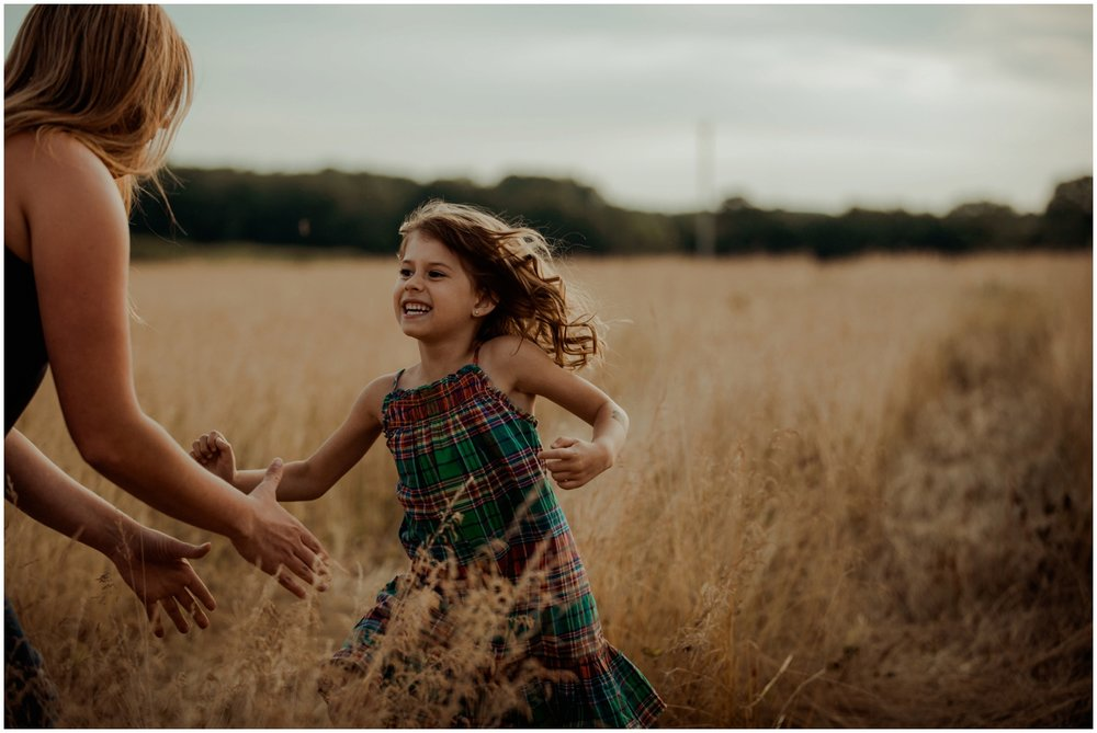 mequon-wisconsin-family-photographer-mama-and-me-session_0001.jpg