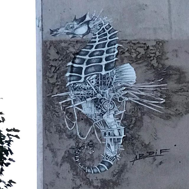It's been a long time since we were so excited about a new artist but we love seeing Ardif @a_r_d_i_f around the streets of Paris.  The juxtaposition of Architecture and living things...animals and creatures, nature ... are an absolute delight to find.  NYC are lucky enough to have a few pieces and we hope to see him in London very soon. . . . . #ardif #mechanimals #seahorse #architecture #pasteup #wheatpaste #streetart #urbanart #streetartlovers #streetartistry #graffiti_of_our_world #graffiti #juxtaposition #streetartparis #streetartphotography #urbanlife #spraydaily #artists #artderue #arteurbano #arteurbana #arturbain #modernart #street_art #urbanwalls #urbanphotography #parisstreetart #wherethereswalls #wtw_art #streetarteverywhere