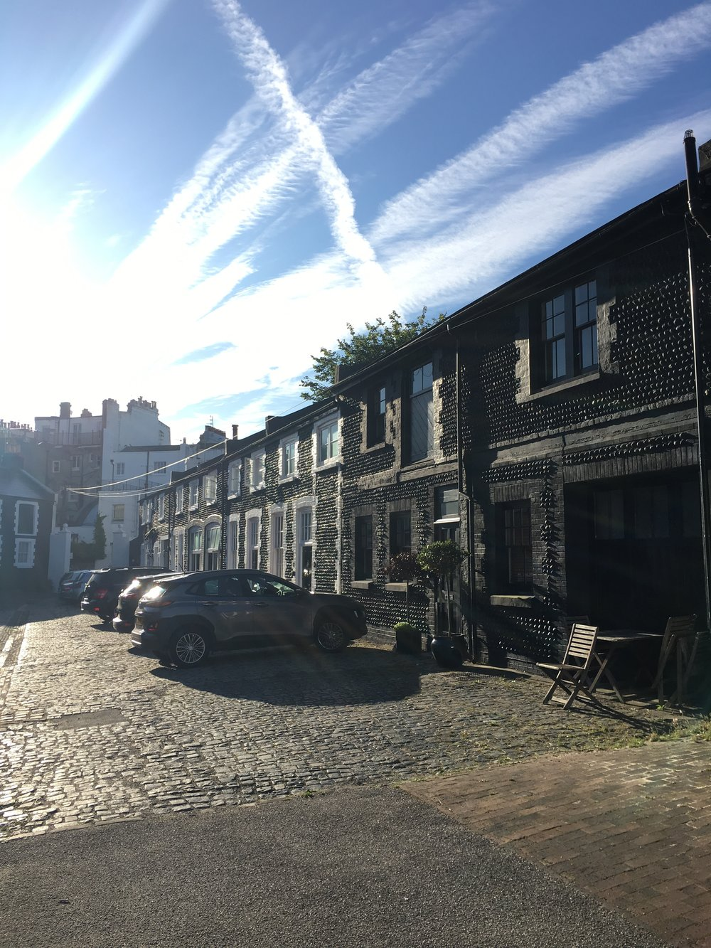 Home number 11 - the sweet black cottage mews near the sea