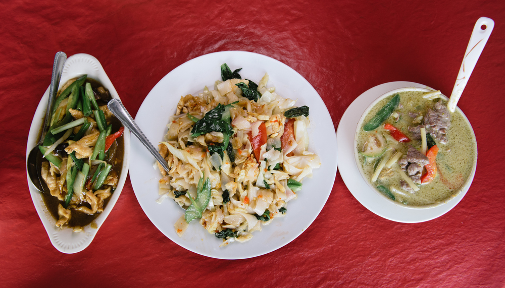 From Left to Right: Ginger Chicken, Drunken Noodles, and Beef Green Curry