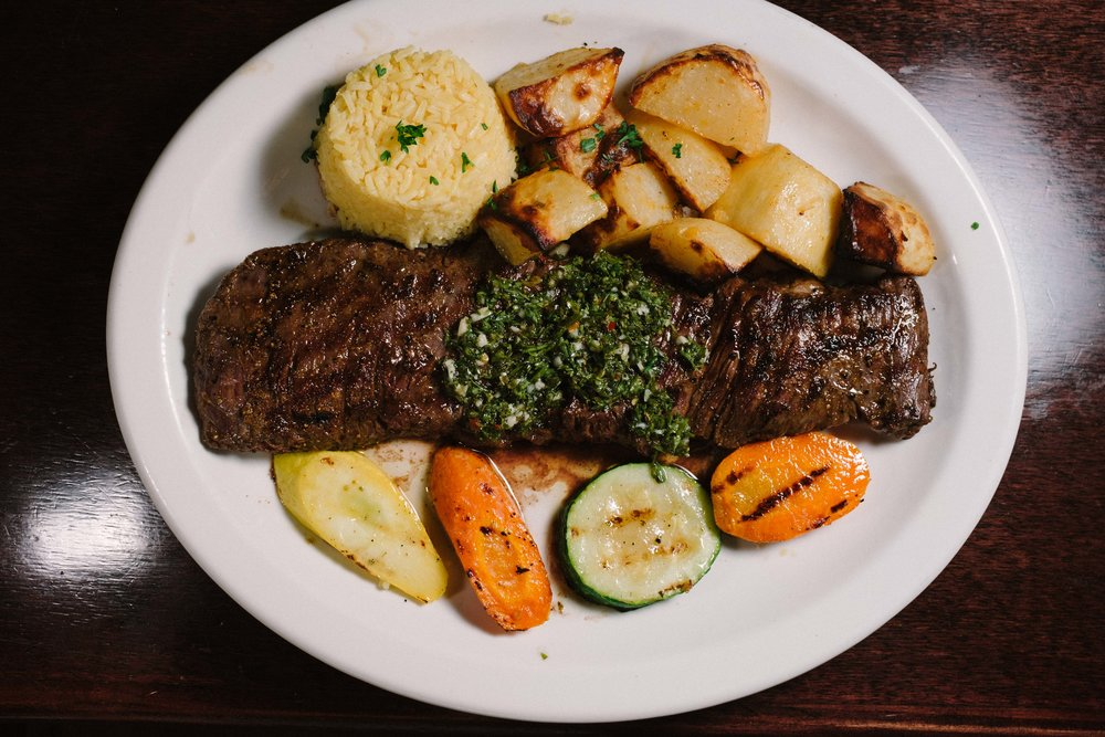 Entraña is a classic Uruguayan recipe of skirt steak and chimichurri.