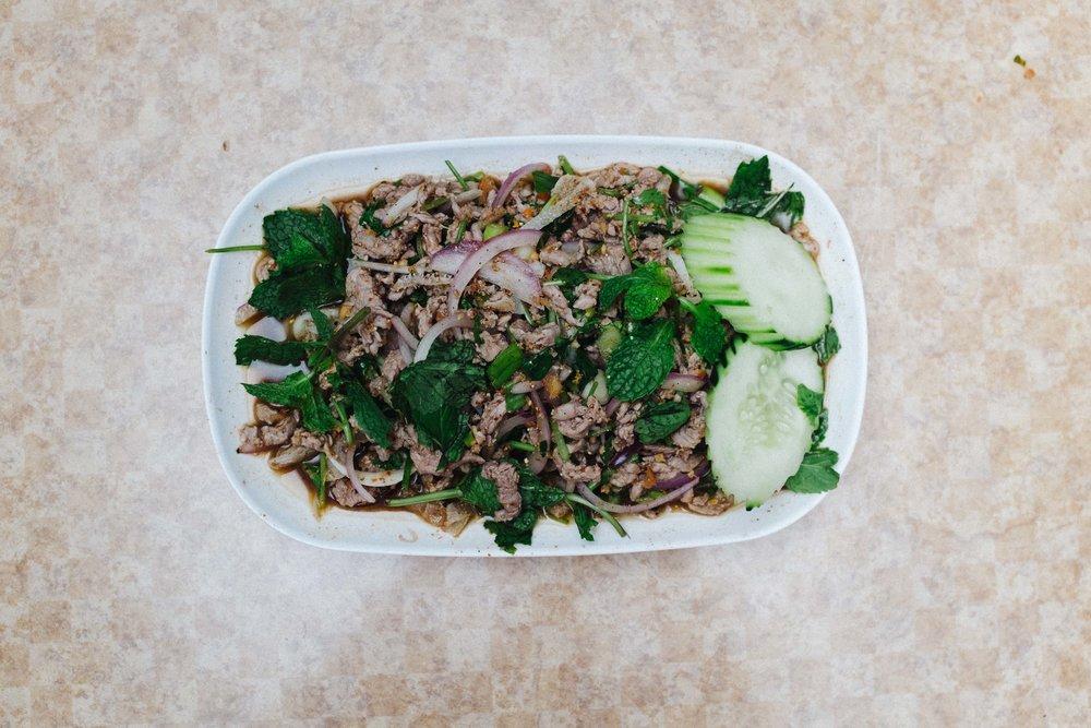 Laab: Beef Salad