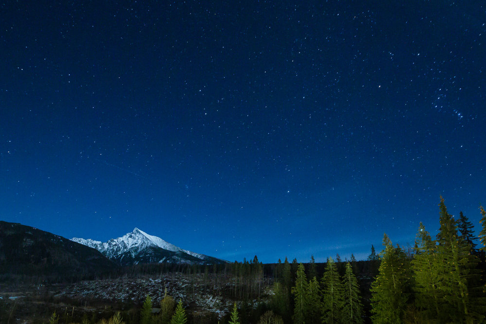 mountain-with-night-sky-full-of-stars-picjumbo-com.jpg
