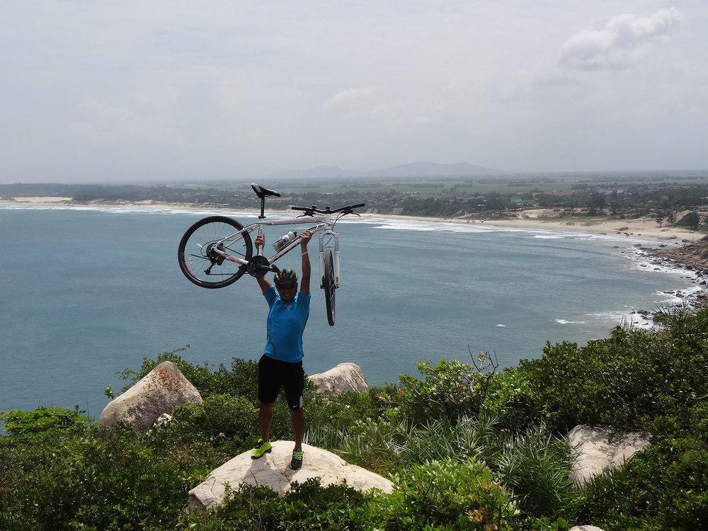 Vietnam-Heritage-Cycle-Masthead-1.jpg