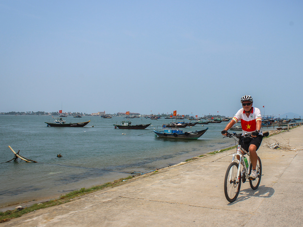 Vietnam-Heritage-Cycle-Masthead-5.jpg