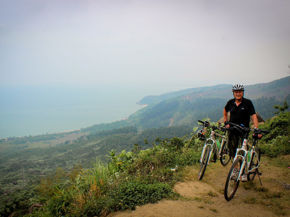 Ride-the-Vietnam-Ocean-Road-Masthead-2.jpg