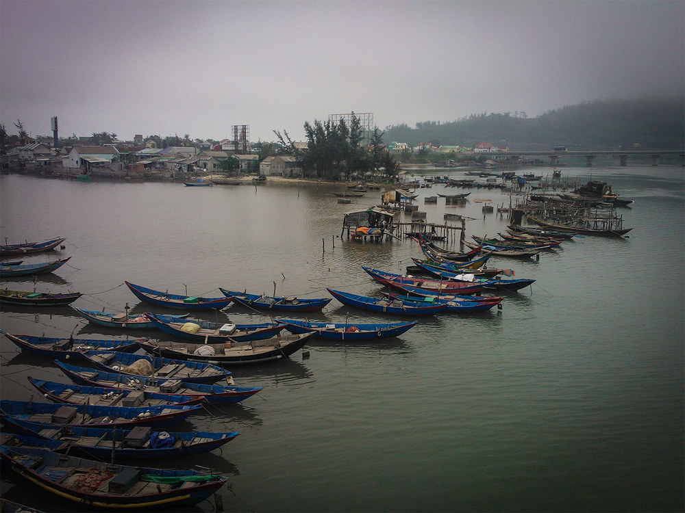 Ride-the-Vietnam-Ocean-Road-Masthead-4.jpg