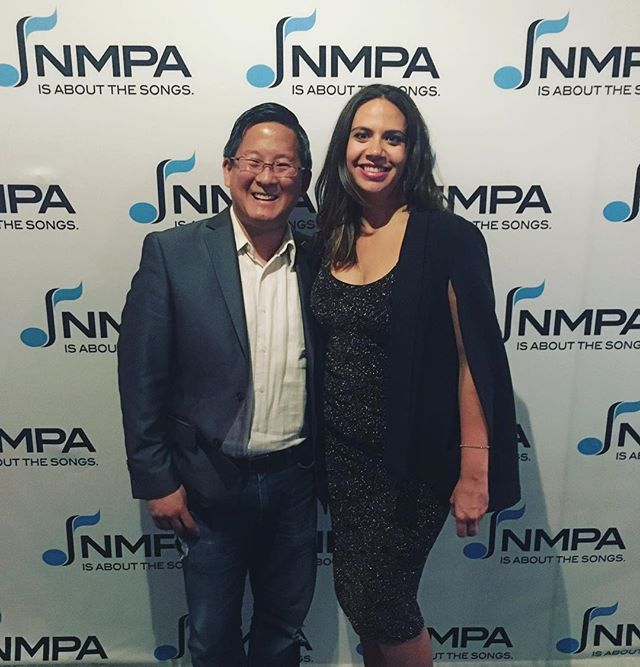 Had an absolute blast tonight at the @nmpaorg annual meeting @edisonballroom in #nyc. Special thanks to my pal @thesugaryman for always being the one to make me look way cooler than i am. More pics to come!!!! #nmpa #annualmeeting2018