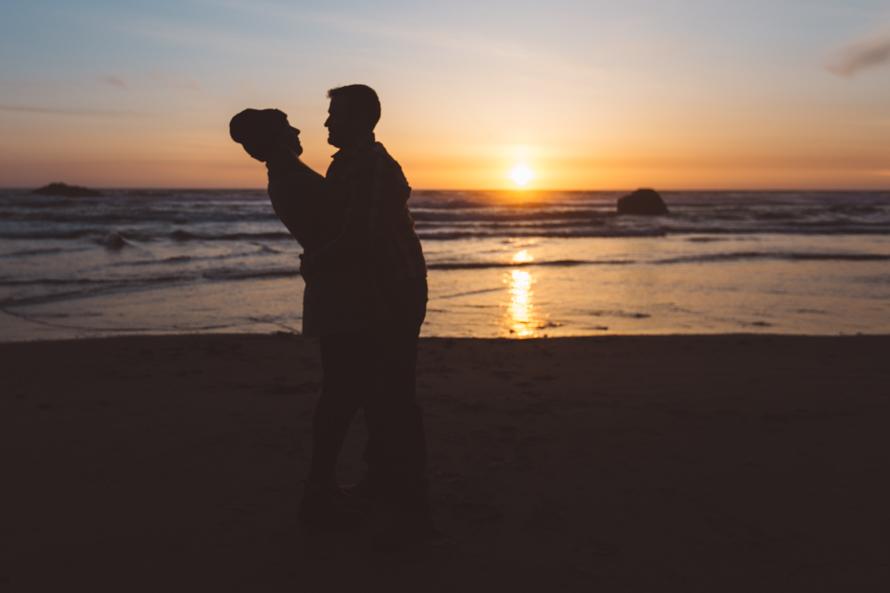 Oregon Coast Engagement Photos-100