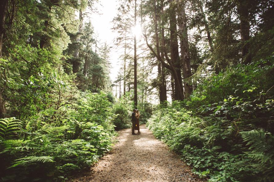Oregon Coast Engagement Photos-13