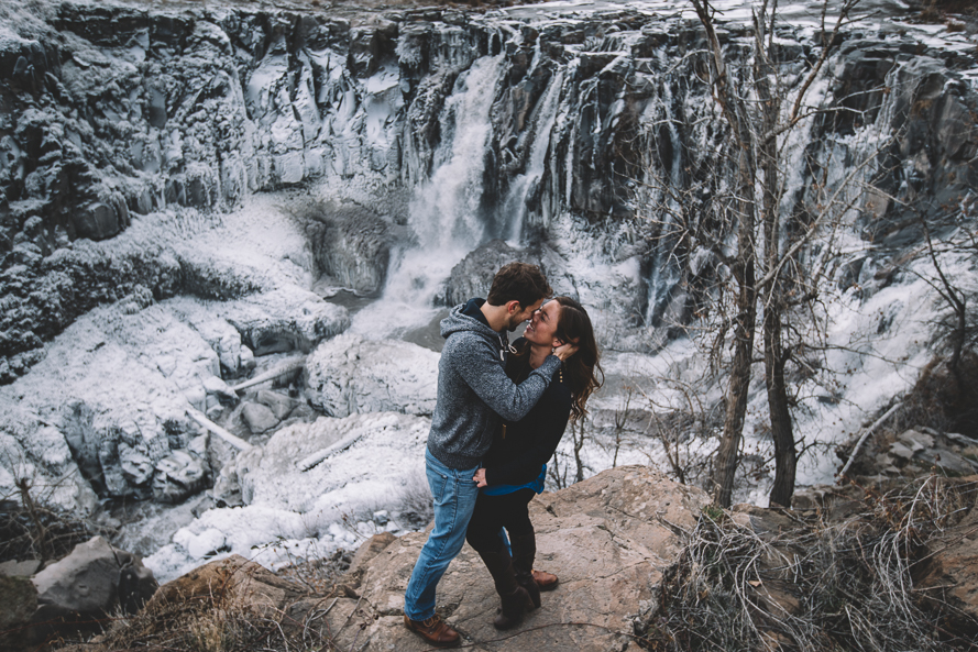 Oregon Waterfall Engagement Photos-9