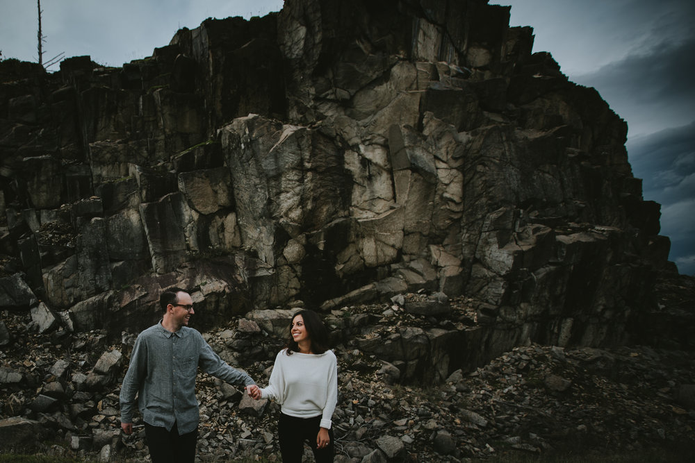 Gorge Oregon Engagement Photos-2.jpg