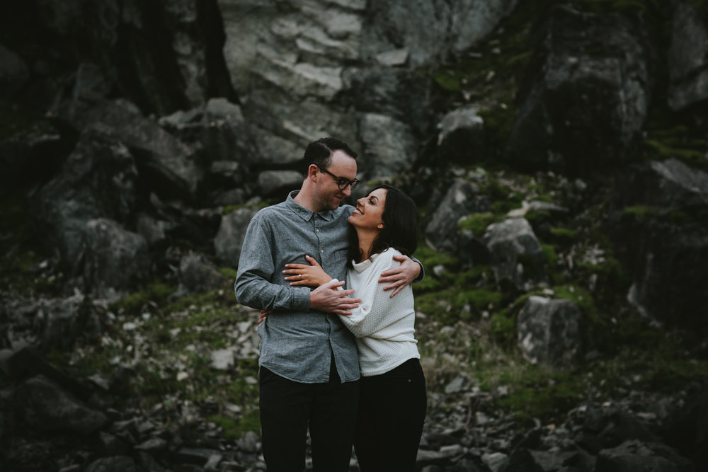 Gorge Oregon Engagement Photos-4.jpg