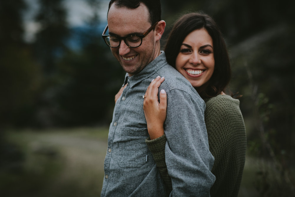 Gorge Oregon Engagement Photos-13.jpg