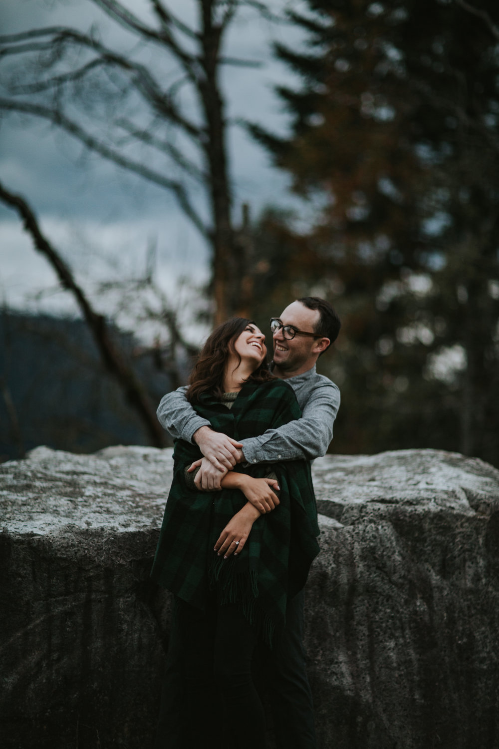 Gorge Oregon Engagement Photos-17.jpg