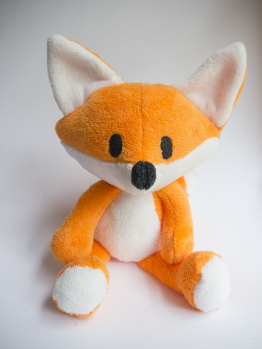 Fox Tutorial   Click here to view the video tutorials on how to sew the fox.