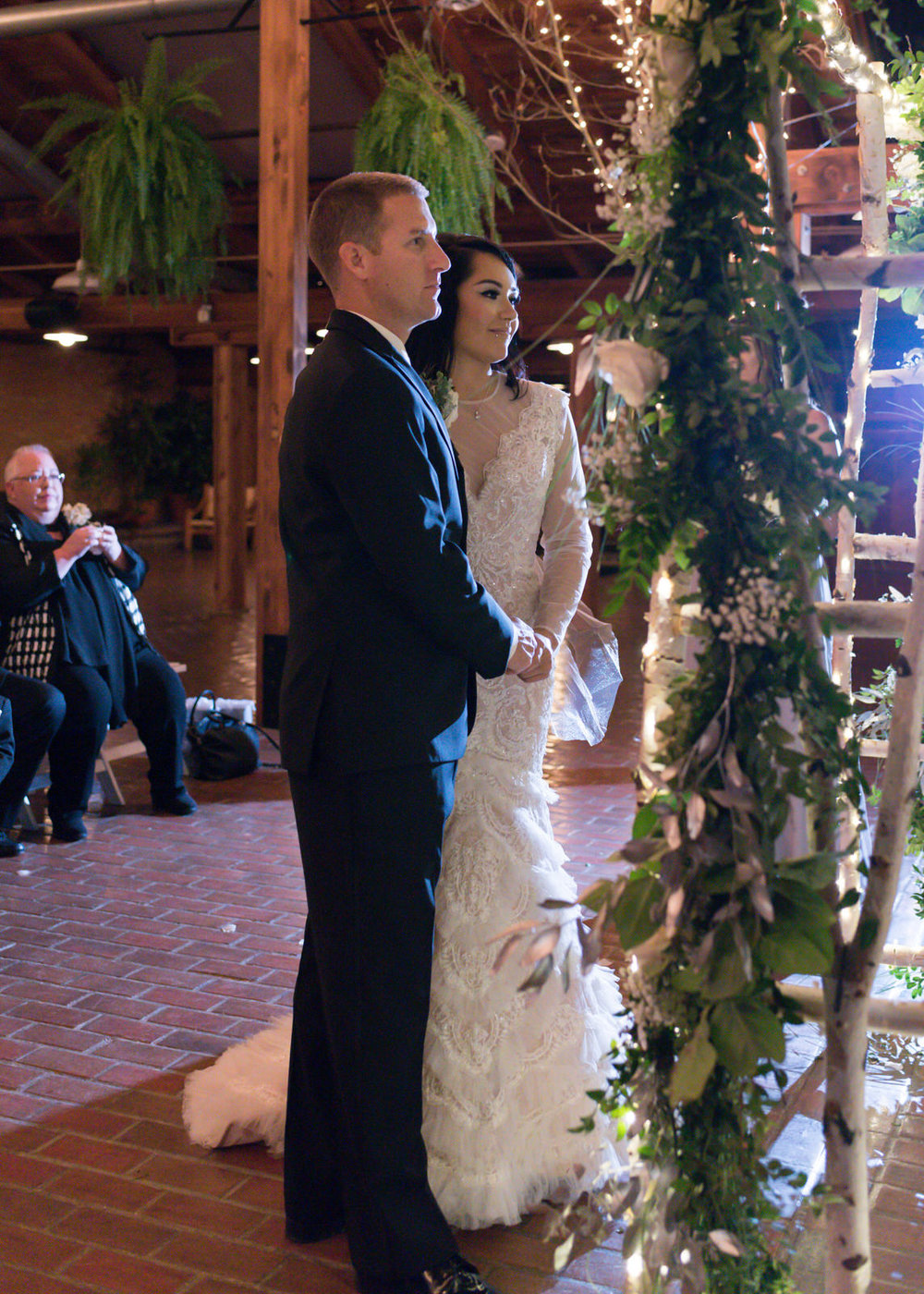 Rustic Winter Wedding Kiana Lodge Poulsbo Rainy Day-33.jpg